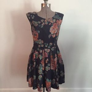 AMERICAN RAG CIE FLORAL DRESS
